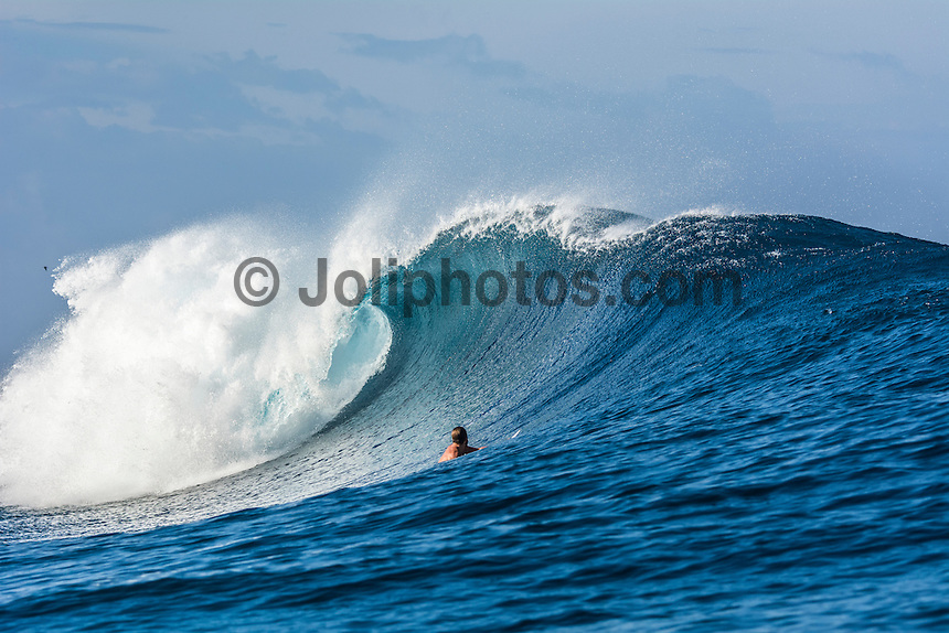 Namotu Island Resort, Fiji. Sunday February 8 2015) Lifeguard Jarrod White (AUS) surfing Cloudbreak- The surf  this morning was in the 4'- 6' range. Cloudbreak was the pick spot but Restaurants was also breaking in the 3' range.  Photo: joliphotos.com