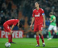 FUSSBALL   1. BUNDESLIGA   SAISON 2011/2012    12. SPIELTAG  05.11.2011 SV Werder Bremen - 1.FC Koeln Enttaeuschung 1. FC Koeln: Christian Eichner (li) und  Pedro Geromel