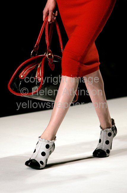 Tata Naka, London Fashion Week, February 15, 2006..Copyright Photograph: Helen Atkinson