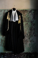 Toga di giustizia. Black gown of Justice...