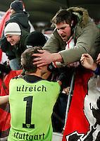FUSSBALL   DFB POKAL   SAISON 2011/2012  ACHTELFINALE  21.12.2011 VfB Stuttgart - Hamburger SV Schlussjubel VfB Stuttgart;  VfB Fan in der Cannstatter Kurve feiern  Torwart Sven Ulreich