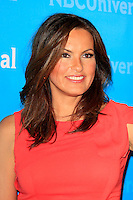 PASADENA - APR 18:  Mariska Hargitay arrives at the NBCUniversal Summer Press Day at The Langham Huntington Hotel on April 18, 2012 in Pasadena, CA