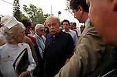 Pinellas Park, Florida.USA.March 25, 2005..Bob Schindler, Terri Schiavo's father, is surrounded by members of the media as he appears and speaks Friday morning March 25, 2005, outside the Woodside Hospice in Pinellas Park, Florida. As Terri Schiavo's health waned, a federal judge refused to order the reinsertion of her feeding tube, thwarting another legal move from the brain-damaged woman's parents. Schiavo's feeding tube was removed by court order on March 18, 2005.