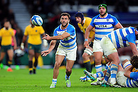 Martin Landajo of Argentina passes the ball. The Rugby Championship match between Argentina and Australia on October 8, 2016 at Twickenham Stadium in London, England. Photo by: Patrick Khachfe / Onside Images