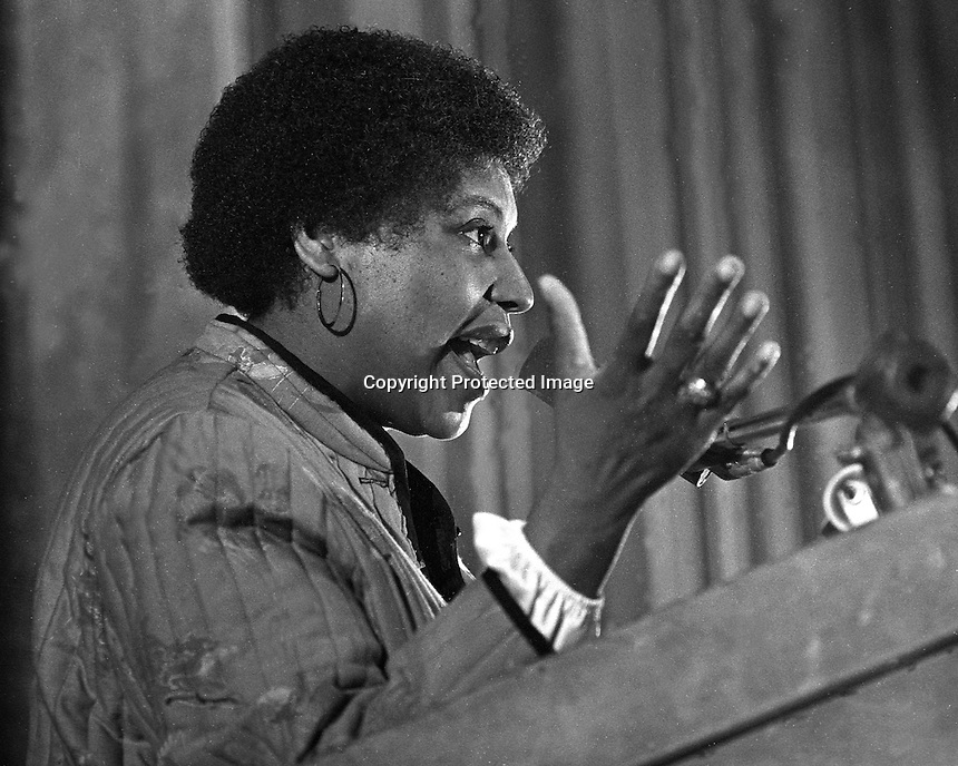 Black Panther rally at the Oakland Auditorium, Mar 10,1980.(photo/Ron Riesterer)