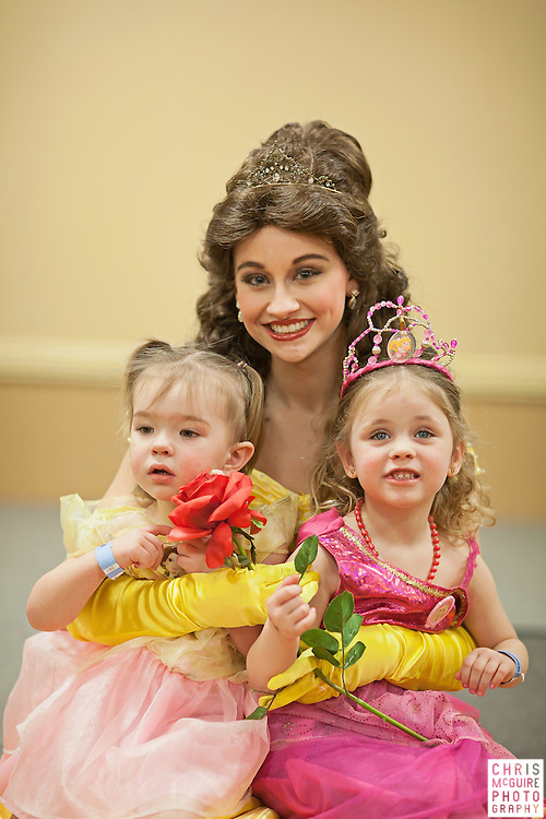 02/12/12 - Kalamazoo, MI: Kalamazoo Baby & Family Expo.  Photo by Chris McGuire.  R#28