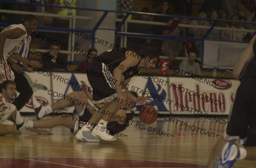 SPORT KOSARKA REFLEX REFLEKS PARTIZAN JADRANSKA GOODYEAR ABA LIGA 19.10.2004. foto: Pedja Milosavljevic