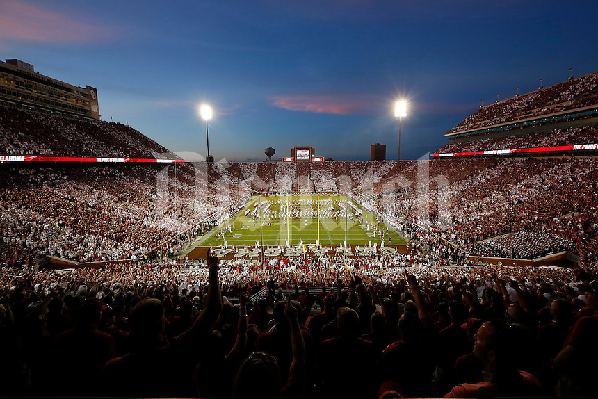 The Oklahoma Sooners marching band performs prior to the NCAA football game against the Ohio State Buckeyes at Memorial Stadium in Norman, Oklahoma on Sept. 17, 2016. (Adam Cairns / The Columbus Dispatch)
