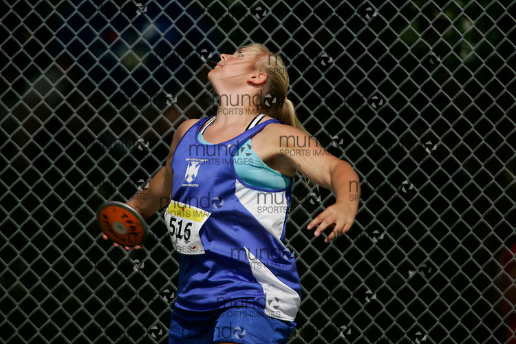Ottawa, Ontario ---10-08-07---  competes in the discus at the 2010 Royal Canadian Legion Youth Track and Field Championships in Ottawa, Ontario August 7, 2010..GEOFF ROBINS/Mundo Sport Images.