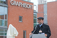 Gabor Bojar founder and chairman of Hungarian software company Graphisoft delivers his speach during the inauguration ceremony of the first ever life-size bronze statue of late Apple leader Steve Jobs in Budapest, Hungary on December 21, 2011. ATTILA VOLGYI