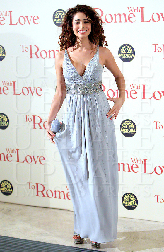 "L'attrice colombiana Aurora Cossio posa sul red carpet per l'anteprima del film ""To Rome with love"" a Roma, 13 aprile 2012..Colombian actress Aurora Cossio poses on the red carpet for the premiere of the movie ""To Rome with love"" in Rome, 13 april 2012..UPDATE IMAGES PRESS/Riccardo De Luca"