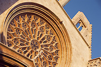 Rose Window; Portal of the Cathedral; XII Century, Tarragona, Catalonia, Spain; finest example of transitional architecture, contrasting both Romanesque and Gothic aesthetics; Perched on the hilltop of the historical centre, it overlaps the site of a former Roman temple. Picture by Manuel Cohen