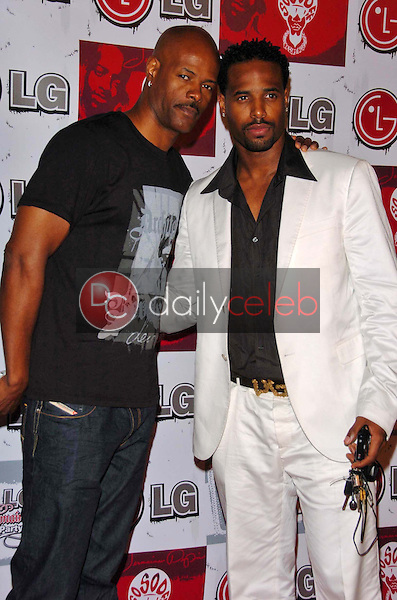 Keenen Ivory Wayans and Shawn Wayans<br />at the LG and Jermain Dupri FUSIC Party. Day After Club, Hollywood, CA. 06-27-06<br />Scott Kirkland/DailyCeleb.Com 818-249-4998