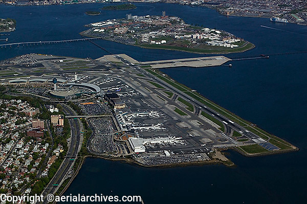 Jade Electronics - Page 2 Aerial-photo-LaGuardia-airport-New-York-AHLB7736