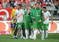 FUSSBALL   1. BUNDESLIGA  SAISON 2011/2012   6. Spieltag 1 FC Nuernberg - SV Werder Bremen         17.09.2011 Claudio Pizarro , Florian Trinks , Markus Rosenberg (V. LI., SV Werder Bremen)