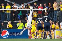 24 OCTOBER 2010:  Columbus Crew goalkeeper William Hesmer (1) makes a save during MLS soccer game against the Philadelphia Union at Crew Stadium in Columbus, Ohio on August 28, 2010.