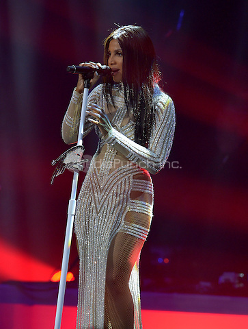 HOLLYWOOD, FL - OCTOBER 26: Toni Braxton performs onstage at Hard Rock Live! in the Seminole Hard Rock Hotel & Casino on October 26, 2016 in Hollywood, Florida.  Credit: MPI10 / MediaPunch