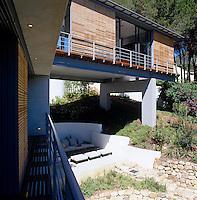 Bridge House - South Africa