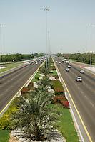 United Arab Emirates, Abu Dhabi, Divided highway between Abu Dhabi and Al Ain