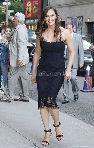 NEW YORK, NY - MAY 18: Jennifer Garner at The Late Show with Stephen Colbert on May 18, 2017 in New York City. Credit: RW/MediaPunch