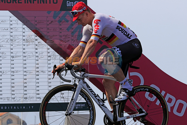 Andre Greipel (GER) Lotto-Soudal at sign on before Stage 1 of the 100th edition of the Giro d'Italia 2017, running 206km from Alghero to Olbia, Sardinia, Italy. 4th May 2017.<br /> Picture: Eoin Clarke | Cyclefile<br /> <br /> <br /> All photos usage must carry mandatory copyright credit (&copy; Cyclefile | Eoin Clarke)