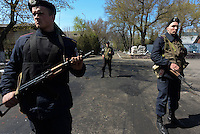 Mariupol base is assaulted by armed Pro-Russian militia