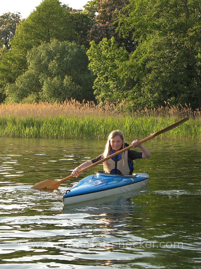 Kajak, Kajaken, Kanu. Boot, Wassersport.