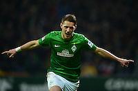 FUSSBALL   1. BUNDESLIGA   SAISON 2012/2013    20. SPIELTAG SV Werder Bremen - Hannover 96                           01.02.2013 Nils Petersen (SV Werder Bremen) bejubelt seinen Treffer zum 1:0
