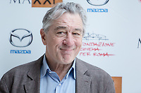 NOV 16 Robert De Niro attends the Remembering the artist Robert de Niro Sr. photocall