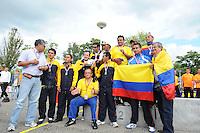 KAATSEN: FRANEKER: Sportcomplex 'De Trije', 01-09-2012, Wereldkampioenschap Kaatsen, Llargues, Eindhuldiging, Team Colombia (zilver), ©foto Martin de Jong