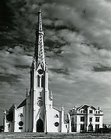 1962 March 02..Historical...St Mary's Catholic Church..HAYCOX PHOTORAMIC INC..NEG# 62-98-5.NRHA# 970..