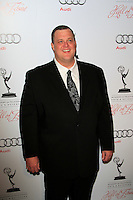 LOS ANGELES - MAR 1:  Billy Gardell arrives at the Academy of Television Arts & Sciences 21st Annual Hall of Fame Ceremony at the Beverly Hills Hotel on March 1, 2012 in Beverly Hills, CA