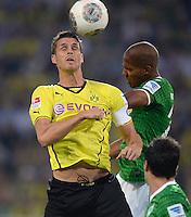 FUSSBALL  1. BUNDESLIGA  SAISON 2013/2014   3. SPIELTAG Borussia Dortmund - Werder Bremen                  23.08.2013 Sebastian Kehl (li, Borussia Dortmund) gegen Theodor Gebre Selassie (re, SV Werder Bremen)