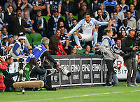 Melbourne, 17 December 2016 - TIMOTHY CAHILL (17) of Melbourne City celebrates his goal in the round 11 match of the A-League between Melbourne City and Melbourne Victory at AAMI Park, Melbourne, Australia. Victory won 2-1 (Photo Sydney Low / sydlow.com)