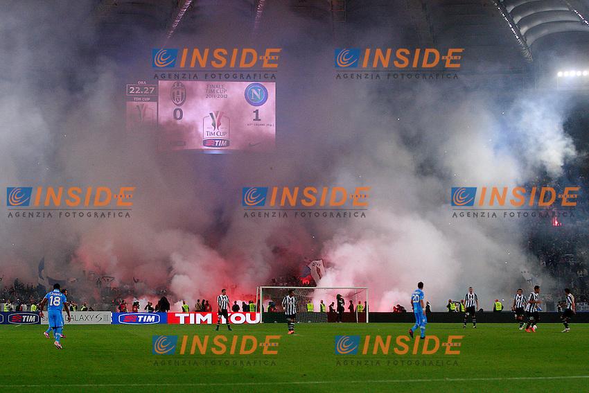 Tifosi del Napoli.Roma 20/05/2012 Stadio Olimpico.Football Calcio 2011/2012 Tim Cup.Finale Final.Juventus vs Napoli.Foto Insidefoto Paolo Nucci