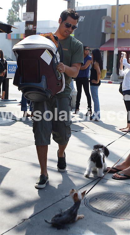 **ALL ROUND PICTURES FROM SOLARPIX.COM**.**WORLDWIDE SYNDICATION RIGHTS EXCEPT FOR USA, AUSTRALIA & GERMANY**.Jessica Alba and Cash Warren with their daughter Honor leaving Toast after breakfast in West Hollywood, California, USA. 7th September 2008..This pic: Cash Warren..JOB REF: 7242 LAS       DATE: 07_09_2008.**MUST CREDIT SOLARPIX.COM OR DOUBLE FEE WILL BE CHARGED* *UNDER NO CIRCUMSTANCES IS THIS IMAGE TO BE REPRODUCED FOR ANY ONLINE EDITION WITHOUT PRIOR PERMISSION*
