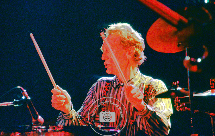 Masters of Reality - Chris Goss 1988 Ginger Baker performing with Masters of Reality - Hollywood 1988