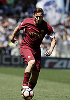 Calcio, Serie A: Roma, stadio Olimpico, 30 aprile 2017.<br /> AS Roma's Francesco Totti in action during the Italian Serie A football match between AS Roma an Lazio at Rome's Olympic stadium, April 30 2017.<br /> UPDATE IMAGES PRESS/Isabella Bonotto