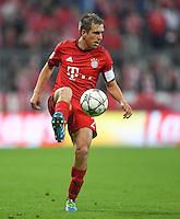 FUSSBALL CHAMPIONS LEAGUE  SAISON 2015/2016 VIERTELFINALE HINSPIEL FC Bayern Muenchen - Benfica Lissabon         05.04.2016 Philipp Lahm (FC Bayern Muenchen)
