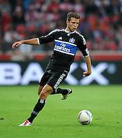 Fussball 1. Bundesliga :  Saison   2011/2012   Liga Total Cup  20.07.2011 Borussia Dortmund - Hamburger SV Dennis Diekmeier (Hamburger SV)