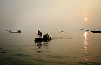 Sand-ships on Dongting Lake, Hunan Province. Dongting Lake has decreased in size in recent decades as a result of land reclamation and damming of the Yangtze. China. 2010