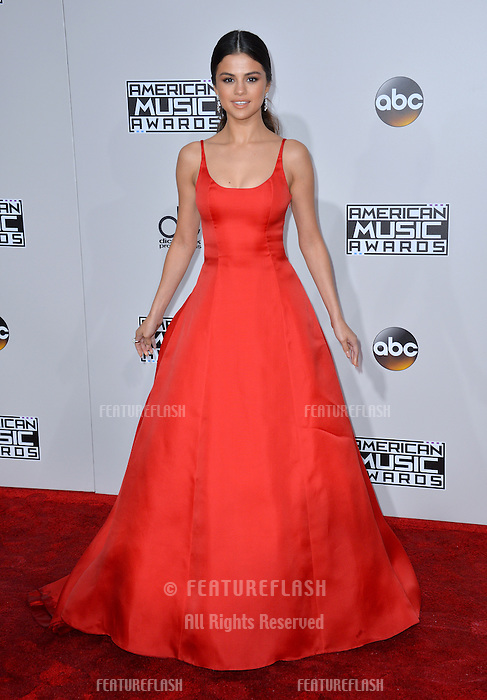 LOS ANGELES, CA. November 20, 2016: Actress/singer Selena Gomez at the 2016 American Music Awards at the Microsoft Theatre, LA Live.<br /> Picture: Paul Smith/Featureflash/SilverHub 0208 004 5359/ 07711 972644 Editors@silverhubmedia.com