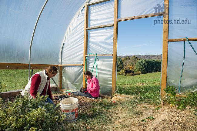 Oct. 21, 2013; Students volunteer at Bethlehem Farm in Pence Springs, WV. Center for Social Concerns Fall Appalachia Seminar. Photo by Barbara Johnston/University of Notre Dame