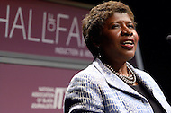 """January 26, 2012  (Washington, DC)  PBS """"Washington Week"""" host Gwen Ifill speaks after her induction to the 2012 National Association of Black Journalists (NABJ) Hall of Fame, during a ceremony at the Newseum in Washington.  (Photo by Don Baxter/Media Images International)"""