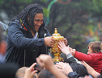 Ma'a Nonu with the Webb Ellis trophy during the New Zealand All Blacks 2011 IRB RWC celebration parade in Wellington, New Zealand on Wednesday, 26 October 2011. Photo: Dave Lintott / lintottphoto.co.nz