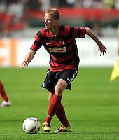 FUSSBALL   1. BUNDESLIGA  SAISON 2011/2012   1. Spieltag FC Augsburg - SC Freiburg            06.08.2011 Felix Bastians (SC Freiburg)