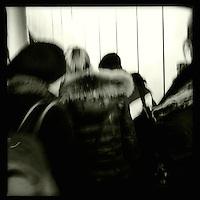 Frauen im U-Bahnhof. Berlin Streetviews<br />25.11.2013, Berlin<br />Copyright: Christian-Ditsch.de<br />[Inhaltsveraendernde Manipulation des Fotos nur nach ausdruecklicher Genehmigung des Fotografen. Vereinbarungen ueber Abtretung von Persoenlichkeitsrechten/Model Release der abgebildeten Person/Personen liegen nicht vor. NO MODEL RELEASE! Don't publish without copyright Christian-Ditsch.de, Veroeffentlichung nur mit Fotografennennung, sowie gegen Honorar, MwSt. und Beleg. Konto:, I N G - D i B a, IBAN DE58500105175400192269, BIC INGDDEFFXXX, Kontakt: post@christian-ditsch.de<br />Urhebervermerk wird gemaess Paragraph 13 UHG verlangt.]