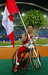 Chantal Benoit Porte drapeau du Canada, C&eacute;r&eacute;monie d' ouverture des jeux Paralympique &agrave; Ath&egrave;nes<br />(Benoit Pelosse photographe,17 sept 2004)