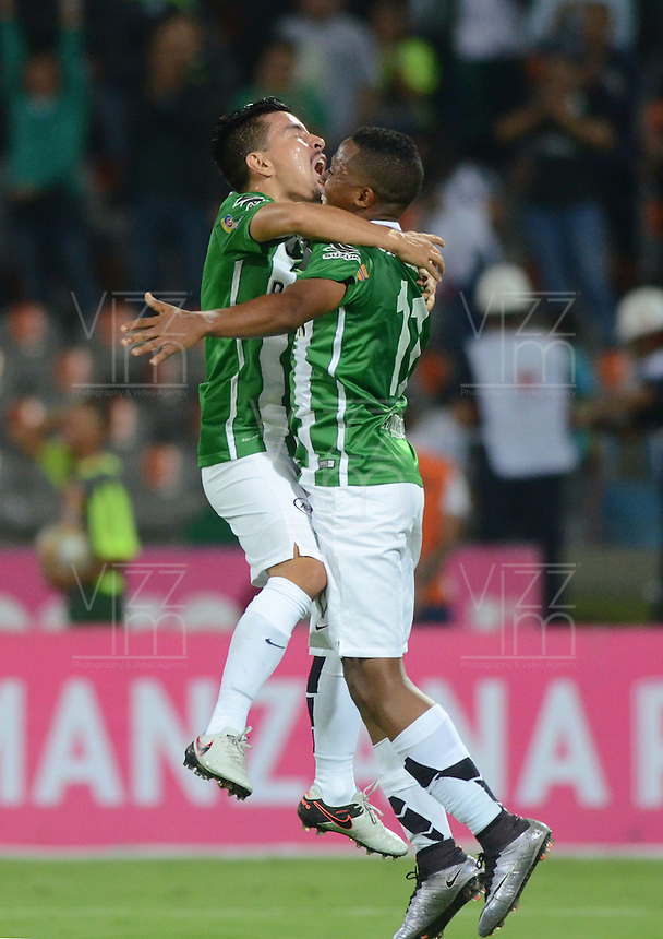 MEDELLÍN -COLOMBIA - 06-04-2016: Atlético Nacional y Fortaleza FC durante partido por la fecha 5 de la Liga Águila I 2016 jugado en el estadio Atanasio Girardot de la ciudad de Medellín./ Atletico Nacional and Fortaleza FC  during the match for the date 5 of the Aguila League I 2016 at Atanasio Girardot stadium in Medellin city. Photo: VizzorImage/León Monsalve/STR