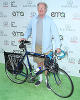 BURBANK, CA, USA - OCTOBER 18: Ed Begley Jr. arrives at the 2014 Environmental Media Awards held at Warner Bros. Studios on October 18, 2014 in Burbank, California, United States. (Photo by Xavier Collin/Celebrity Monitor)